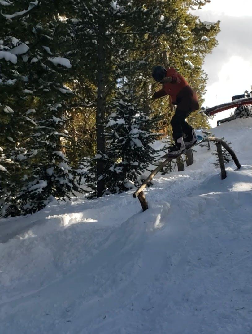Snowboard Expert Brit Bruhn