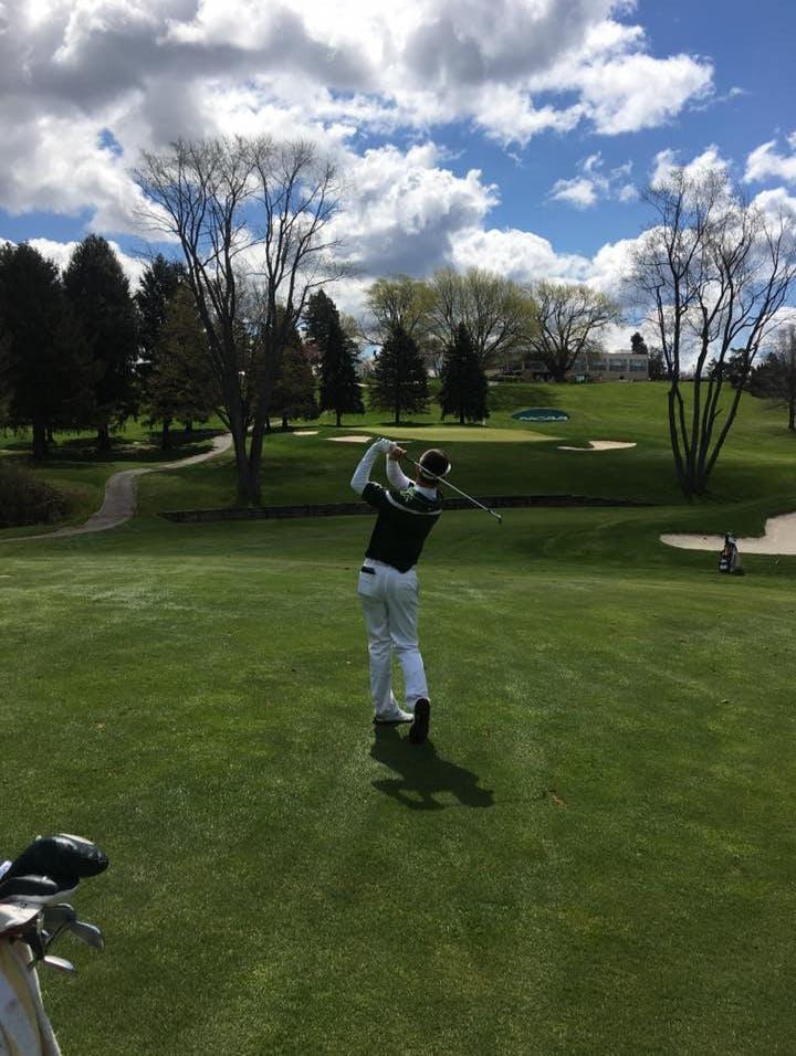 Golf Expert Mackenzie Nelson