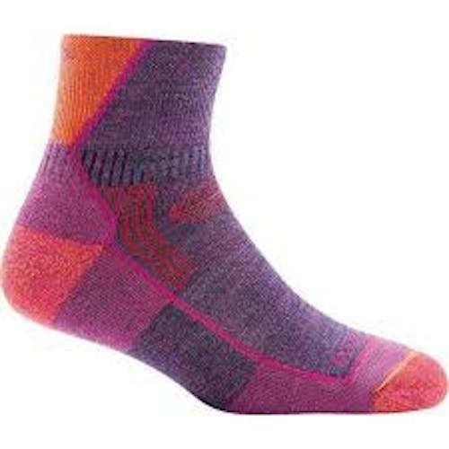 Darn Tough 1958 Women's Hiker 1/4 Socks Cushion in Plum Heather, Size Large