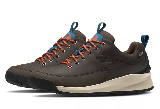 THE NORTH FACE - BACK TO BRKLY LOW WP M - 11 - Coffee Brown/Tnf Bla